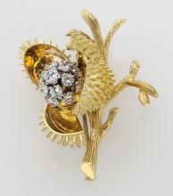 French Deco/Retro gold and diamond brooch