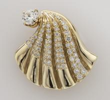 Retro 14K gold and diamond shell brooch/pendant