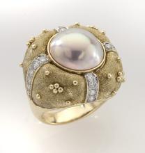Robert Whiteside 18K gold, diamond and pearl
