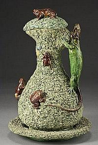 Portuguese Palissy ewer and underplate by Mafra