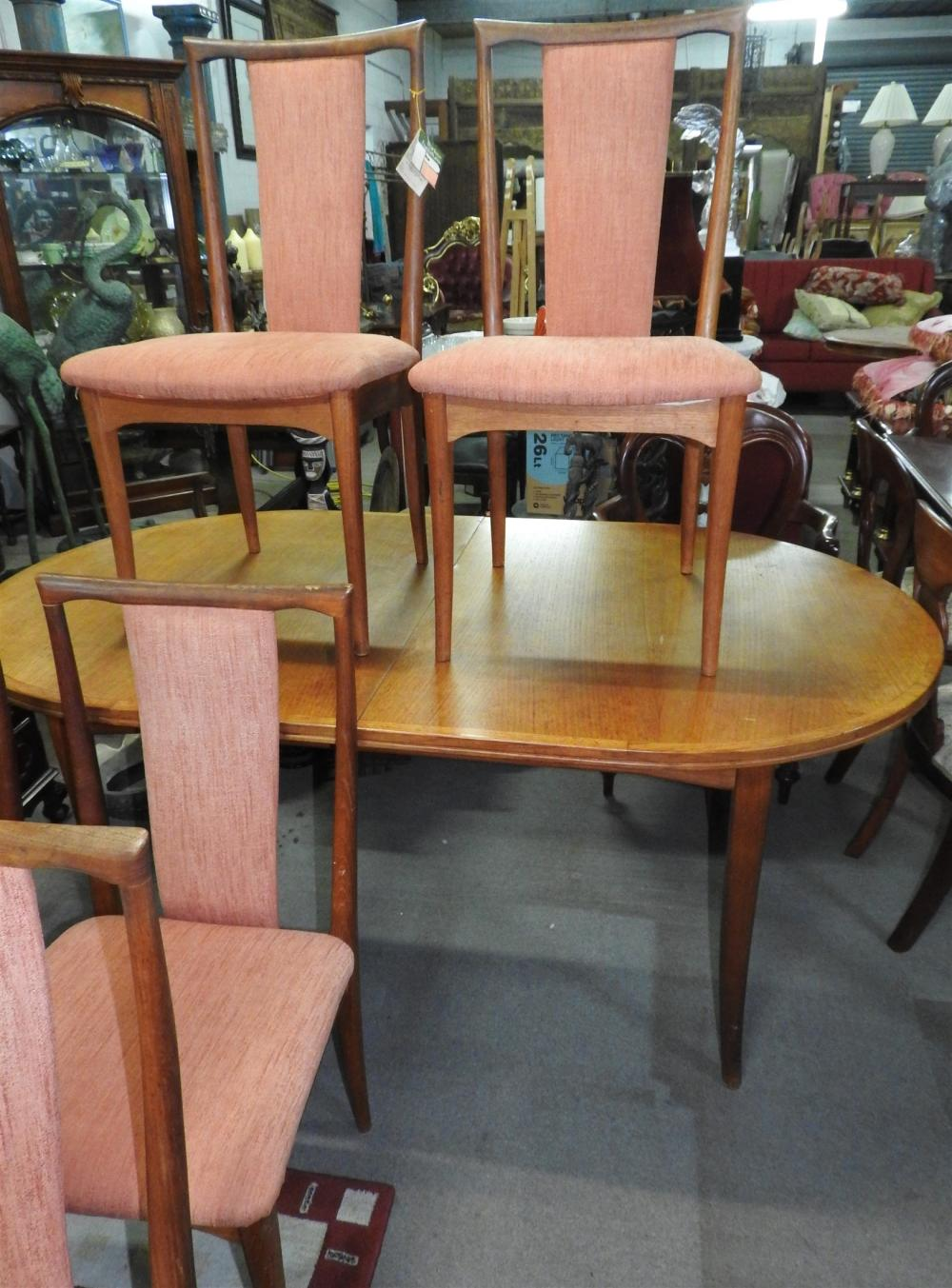 Original Parker DIning Setting w/ tags still attached