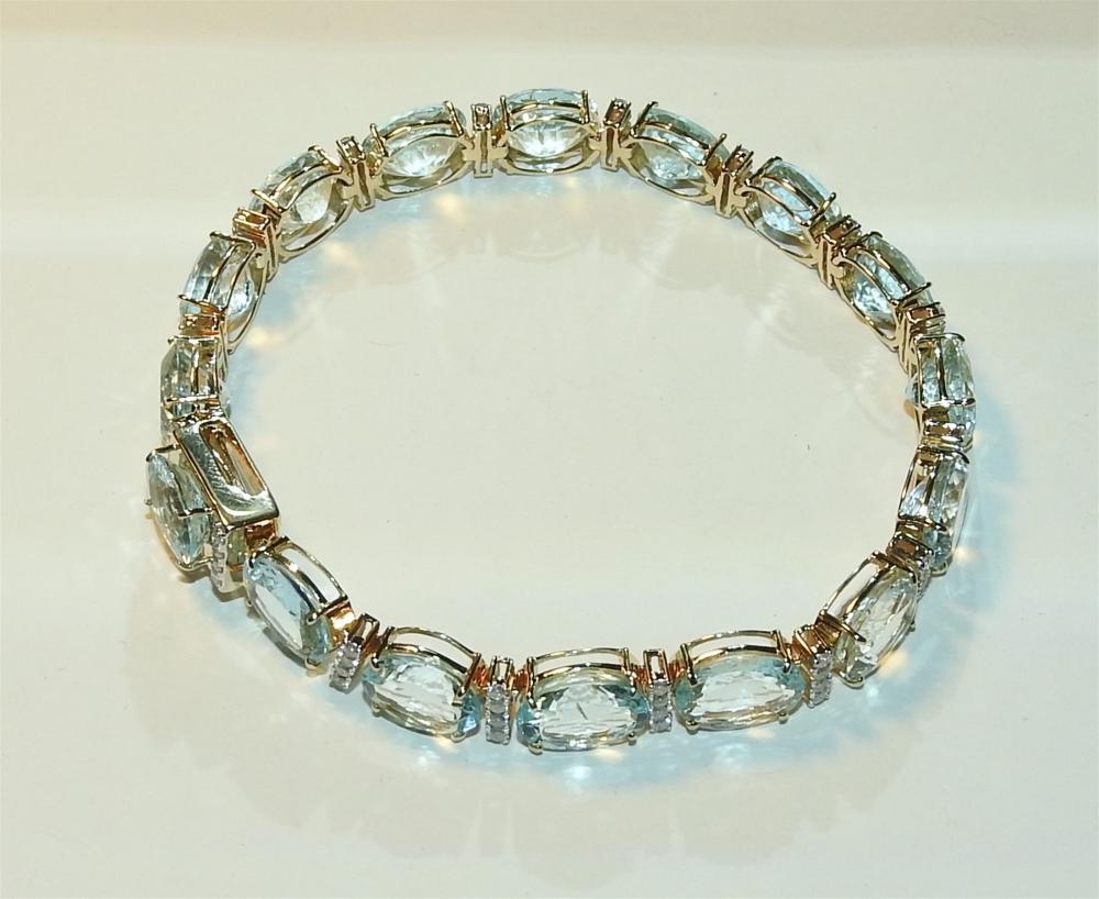 A $28,000 Val Aquamarine Bracelet - Unreserved !