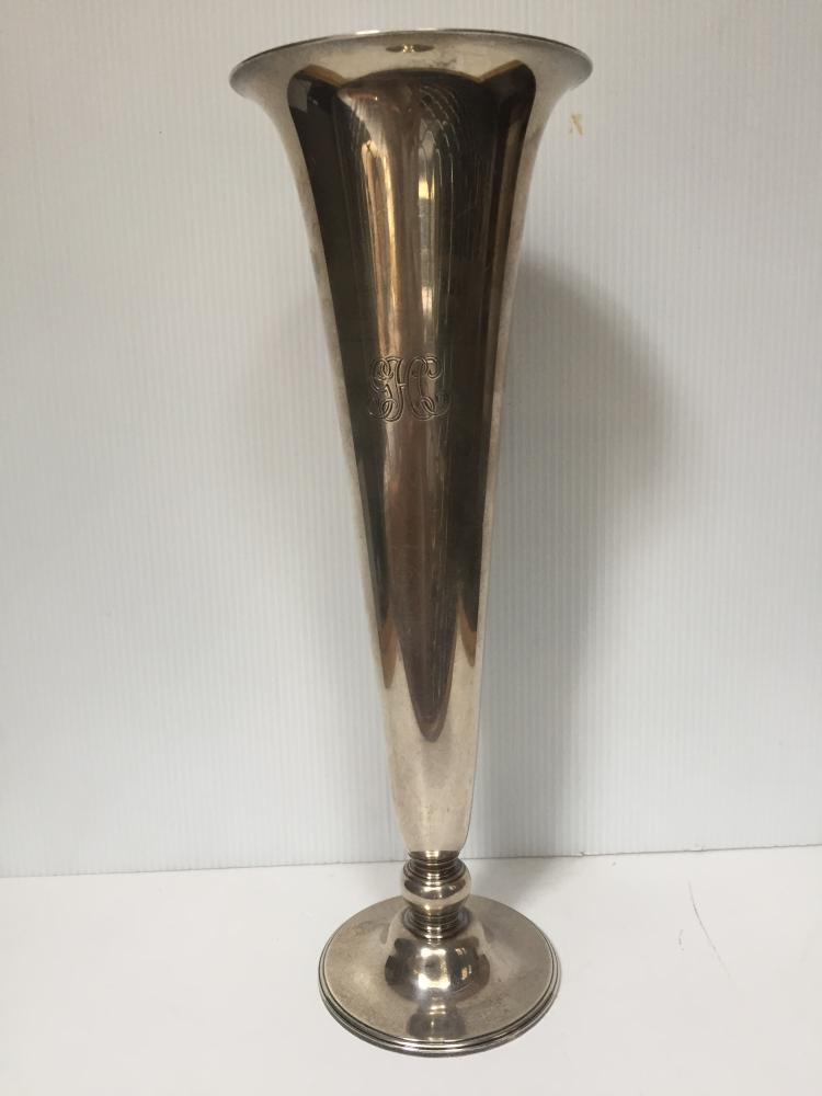 Tiffany sterling vase, 14 t. oz