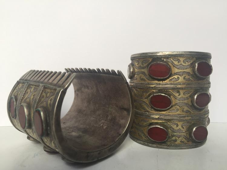 Pair of carnelian silver cuffs, Ambassador
