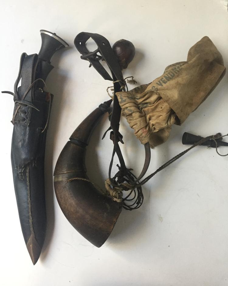 Box lot-powder horn and daggers