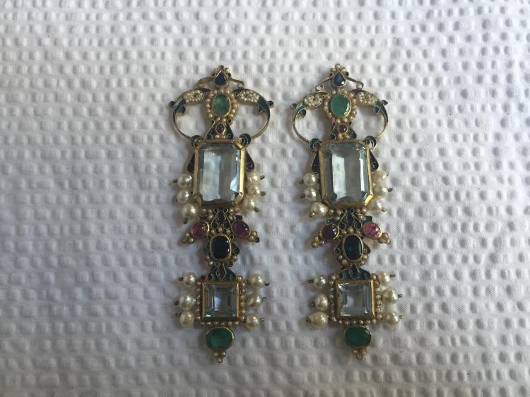 Box lot-GIlt metal Indian earrings with natural stones