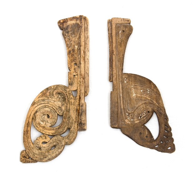 2 Var Massim Wave Splitters.  Both stylised animal form carved  wood. Aged patina.