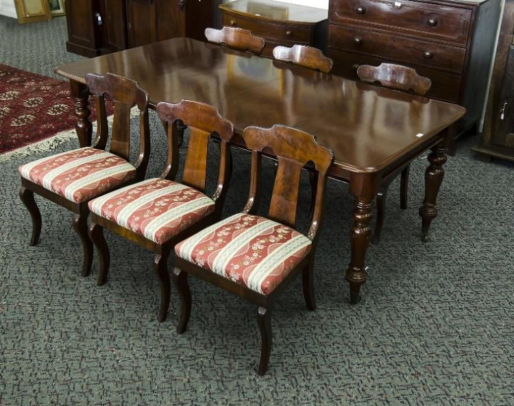 Colonial Cedar Dining Room Table. Turned legs. 2 additional leaves.