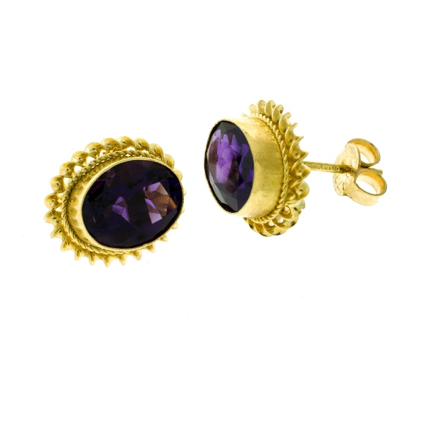 Pr 9ct Yellow Gold Amethyst Earrings.  Faceted amethysts (total approx. 3cts). Valuation certificate available.