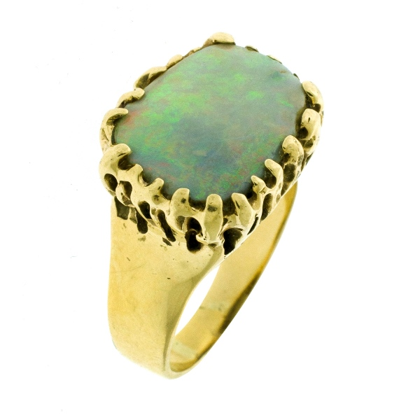 14ct Yellow Gold Opal Ring.  Solid opal, claw set. Valuation certificate available.