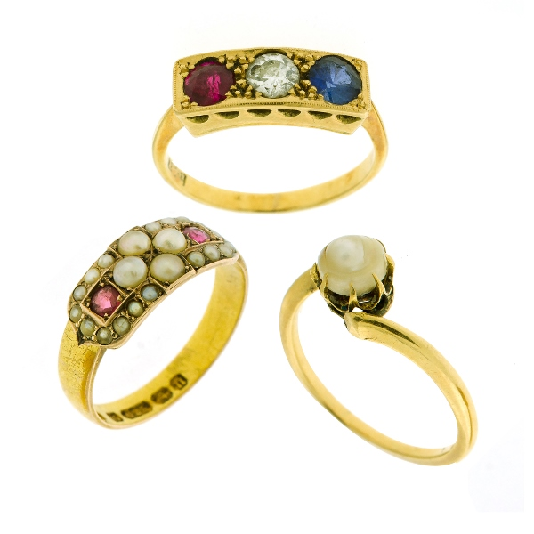 3 Var Yellow Gold Stone Set Rings.  Incl. HM15ct garnet & pearl; 15ct pearl; & 18ct diamond, ruby & sapphire.