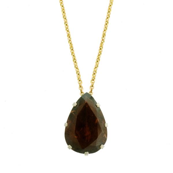 Yellow Gold Garnet Set Chain & Pendant.  Tear shaped garnet pendant (approx 7ct).