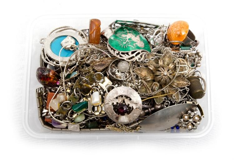 Qty Silver Costume Jewellery etc.  Total approx. 50+.