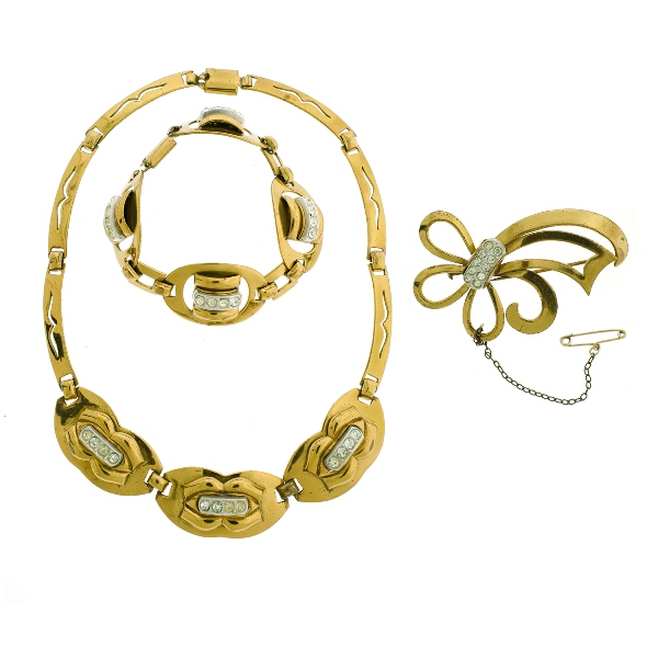 3 Pce Suite French Costume Jewellery.  Incl. necklace, bracelet & brooch. White paste set stones in yellow metal.