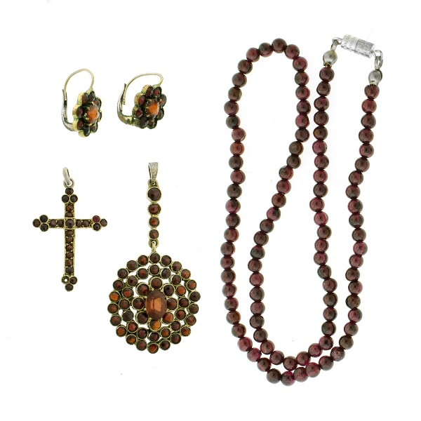 5 Var Garnet Set Jewellery Items.  Incl. pendant; pr earrings; bead necklace; & cross.