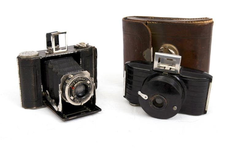 2 Kodak Cameras.  Incl. 1930s German Duo 620 folding with case; & Bakelite Bullet Camera.