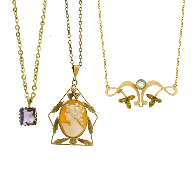 3 Var Yellow Gold Chain Link Necklaces with Pendants. Incl. 15ct Edw style, set with white stone; 1 set with cameo pendant; & another , with amethyst set pendant.