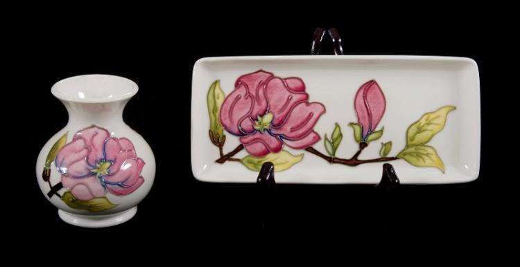 2 Moorcroft Pottery Magnolia Items Incl Pin Dish Bud V