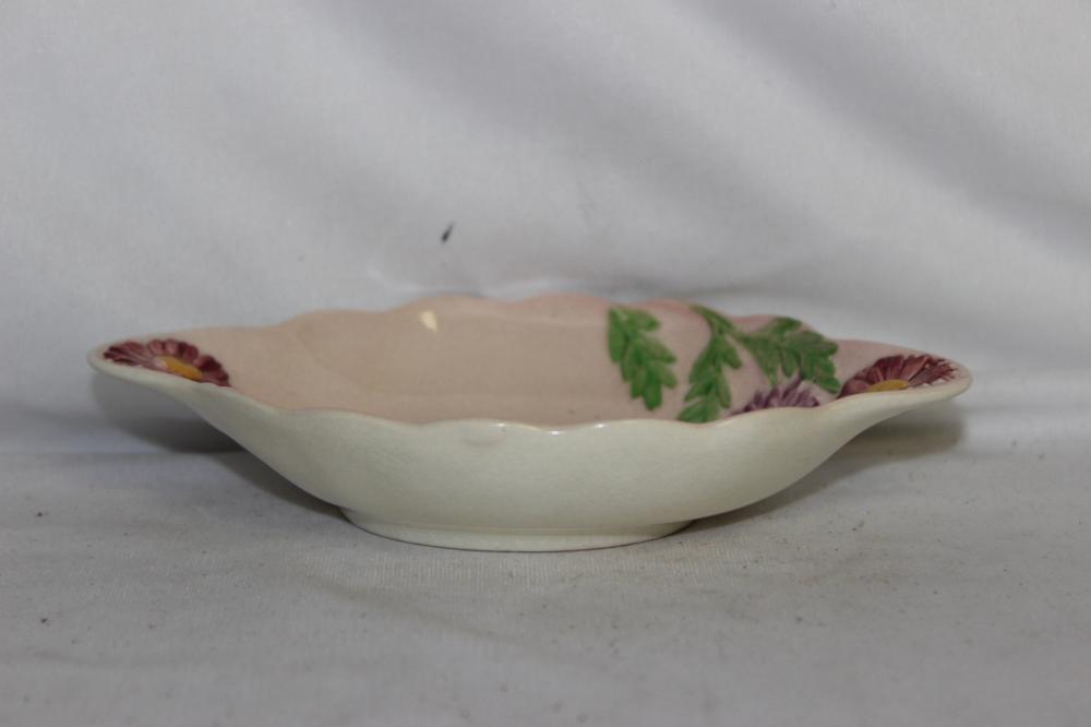 A Carltonware, England Smal Dish