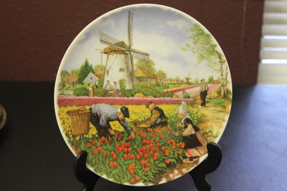 Collector's Plate - Royal Schwabap Made in Holland