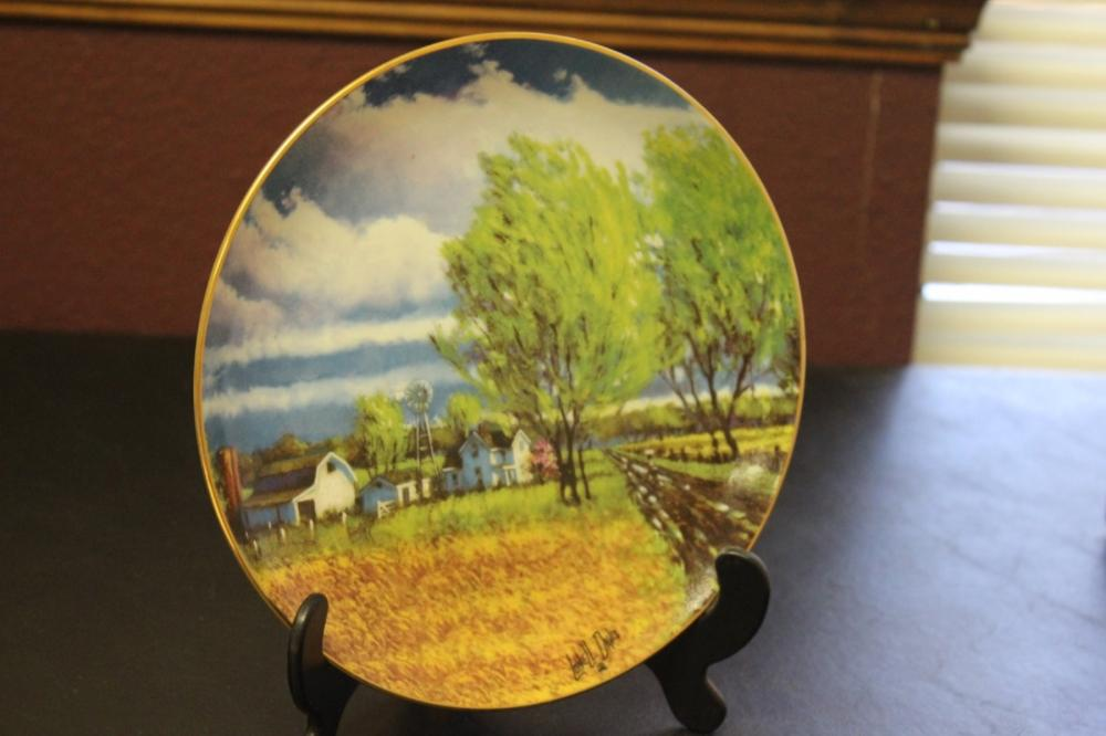 Collector's Plate by Lowell Davis