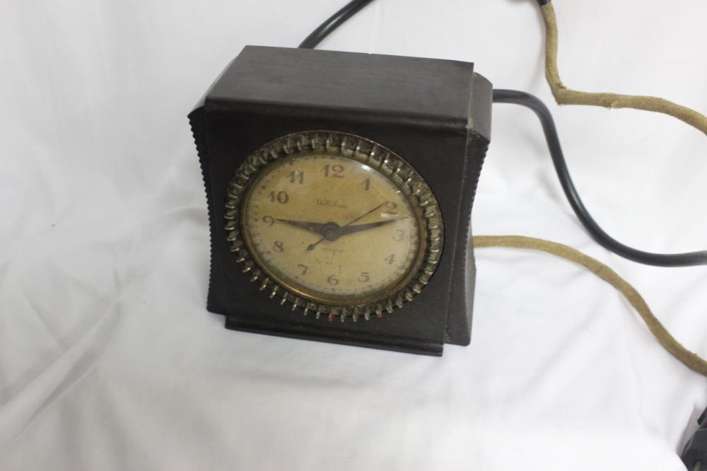 A Vintage Bakelite Clock