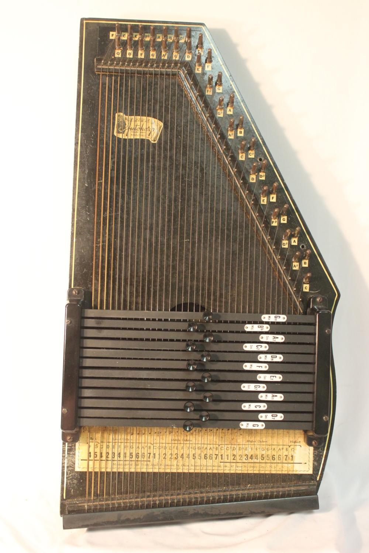 An Autoharp Instrument