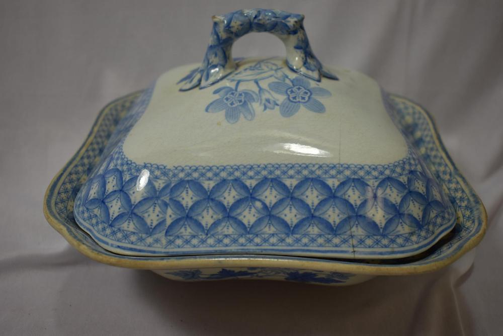 A Spode Bowl with Lid