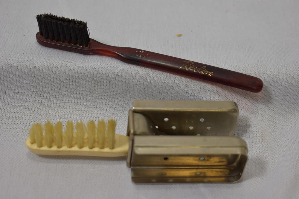 Lot of 2 Brushes - A Rare Decoater Tooth Brush
