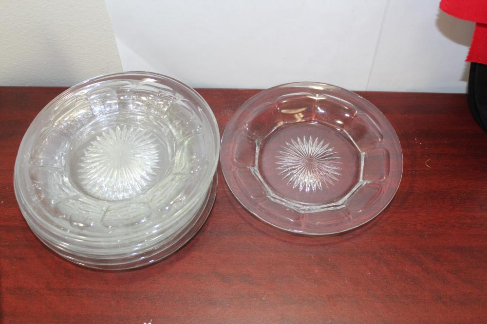 A Set of 8 Heisey Dessert Plates