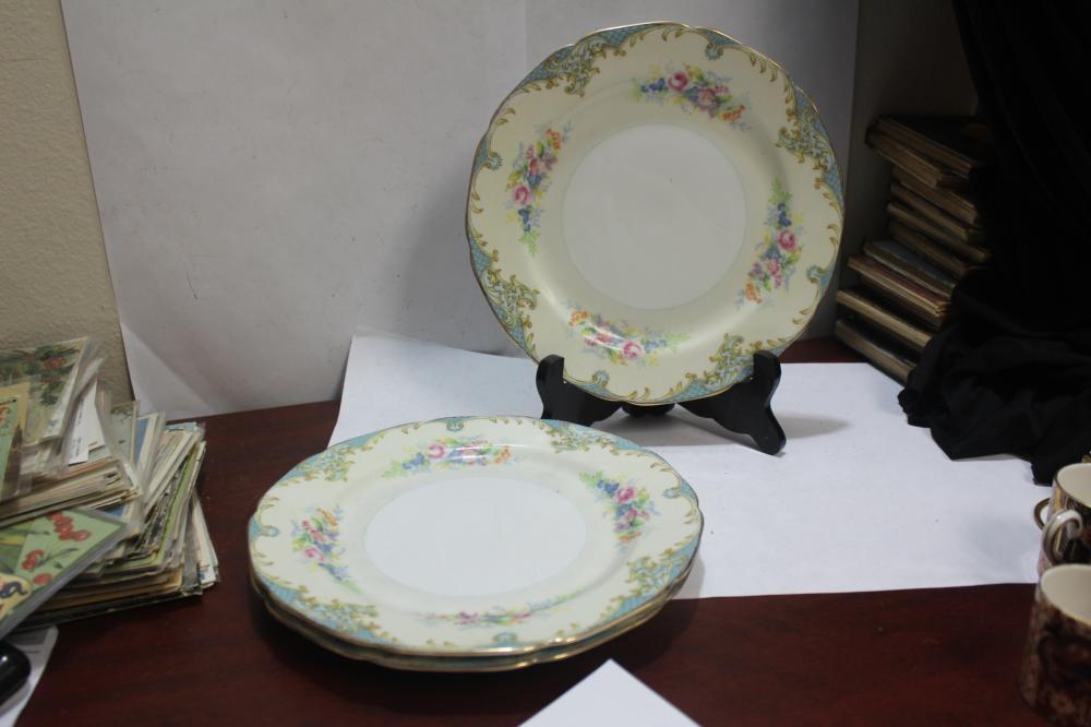 Set of 3 Noritake Plates