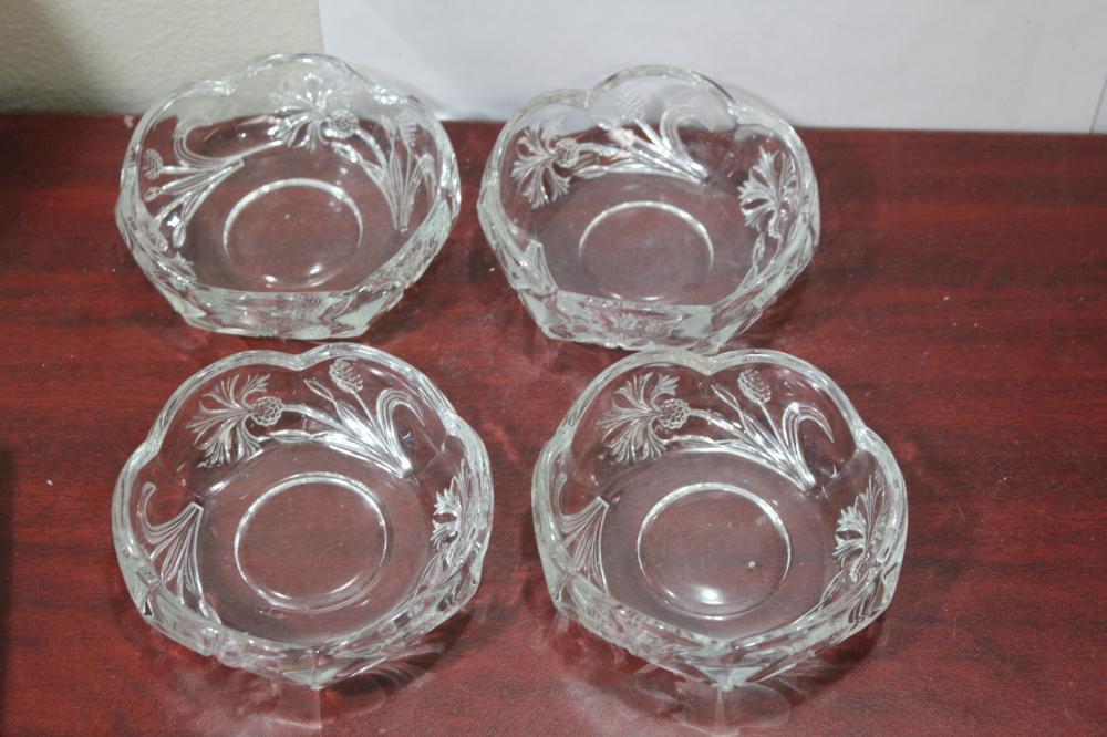 A Set of 4 Fostoria Dandelion Bowl