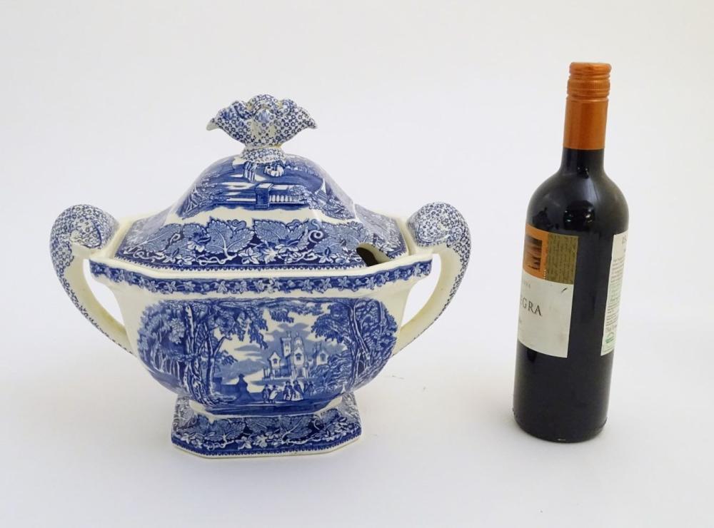 A Mason's Vista Ironstone China blue and white twin handled soup tureen. Mason's Patent Ironstone Vi