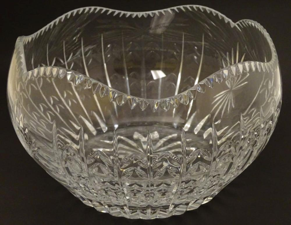 Faberge: a 'House of Carl Faberge 85 FM' crystal cut glass bowl with wavy edge, star base and standi