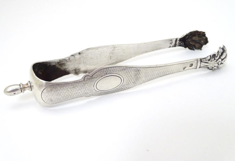 French silver sugar tongs with lions paw grips 6'' long (38g)