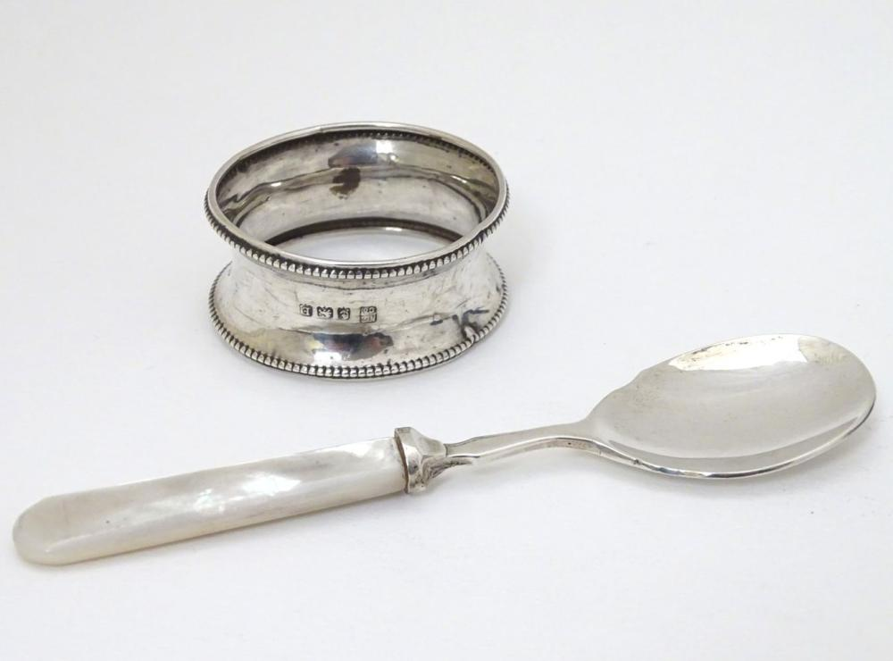 A silver jam / preserve spoon with mother of pearl handle hallmarked Sheffield 1969 maker John Sande