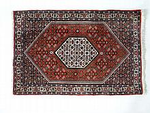 Carpets / Rugs : Persian style woollen hand woven