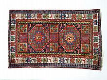 Carpets / Rugs : Hand woven Caucasian style