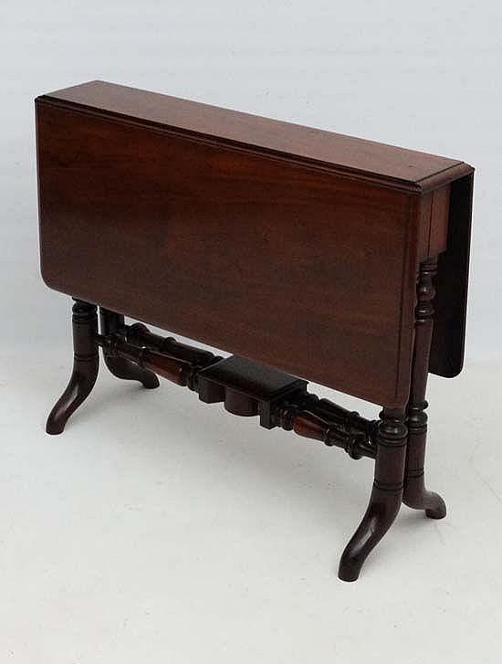 A Mid 19thc Four Legged Mahogany Sutherland Table 35 3 4 Lo