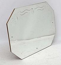 Art Deco : an octagonal bevel edged mirror with reverse engraving , measuri