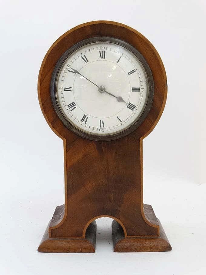 Flame Mahogany Mantle Clock An Unusual Shaped 39 Keyhole 39 S
