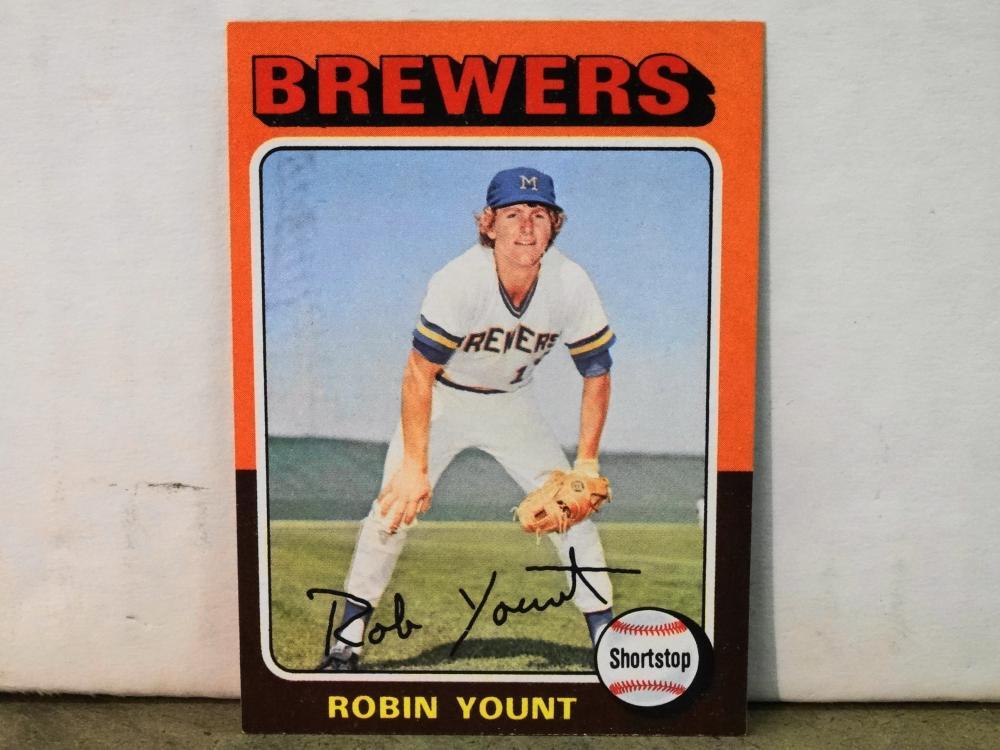 1975 TOPPS NO. 223 ROBIN YOUNT BASEBALL CARD