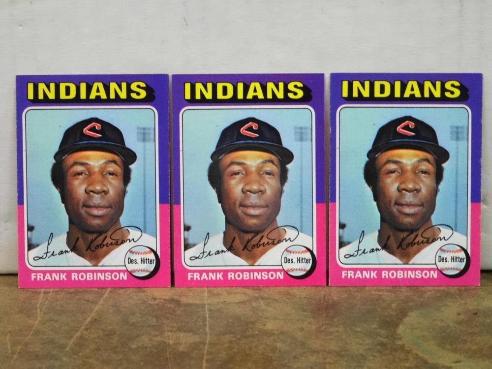 3 1975 TOPPS NO. 580 FRANK ROBINSON BASEBALL CARDS