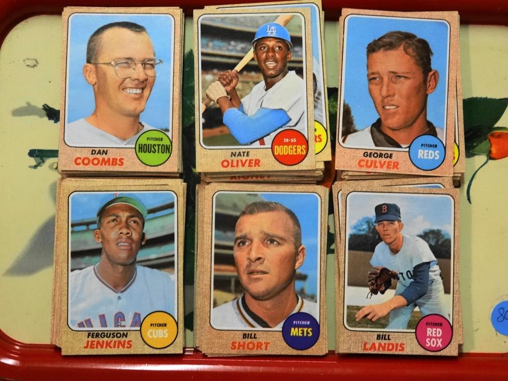 154 1968 TOPPS COMMON BASEBALL CARDS