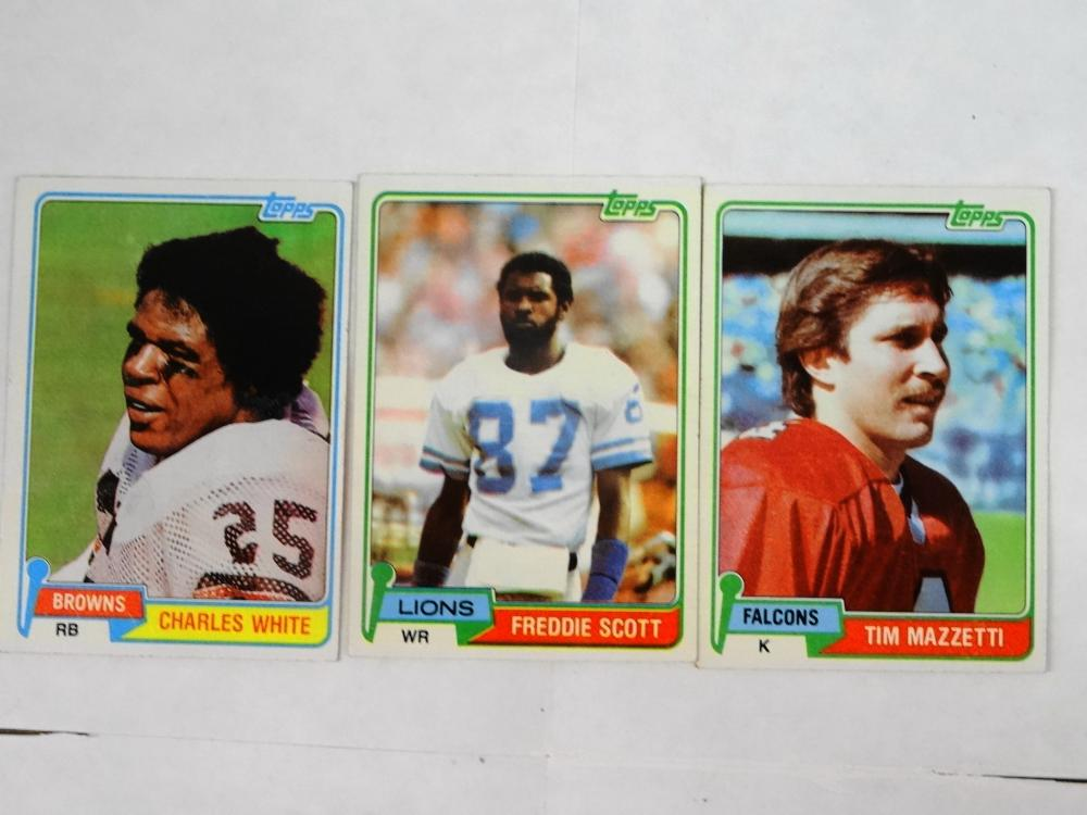 3 1981 TOPPS FOOTBALL CARDS