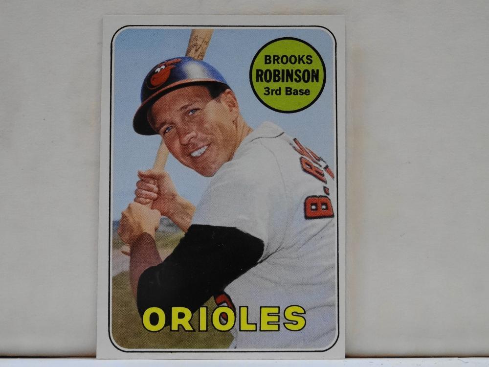1969 TOPPS NO. 550 BROOKS ROBINSON BASEBALL CARD