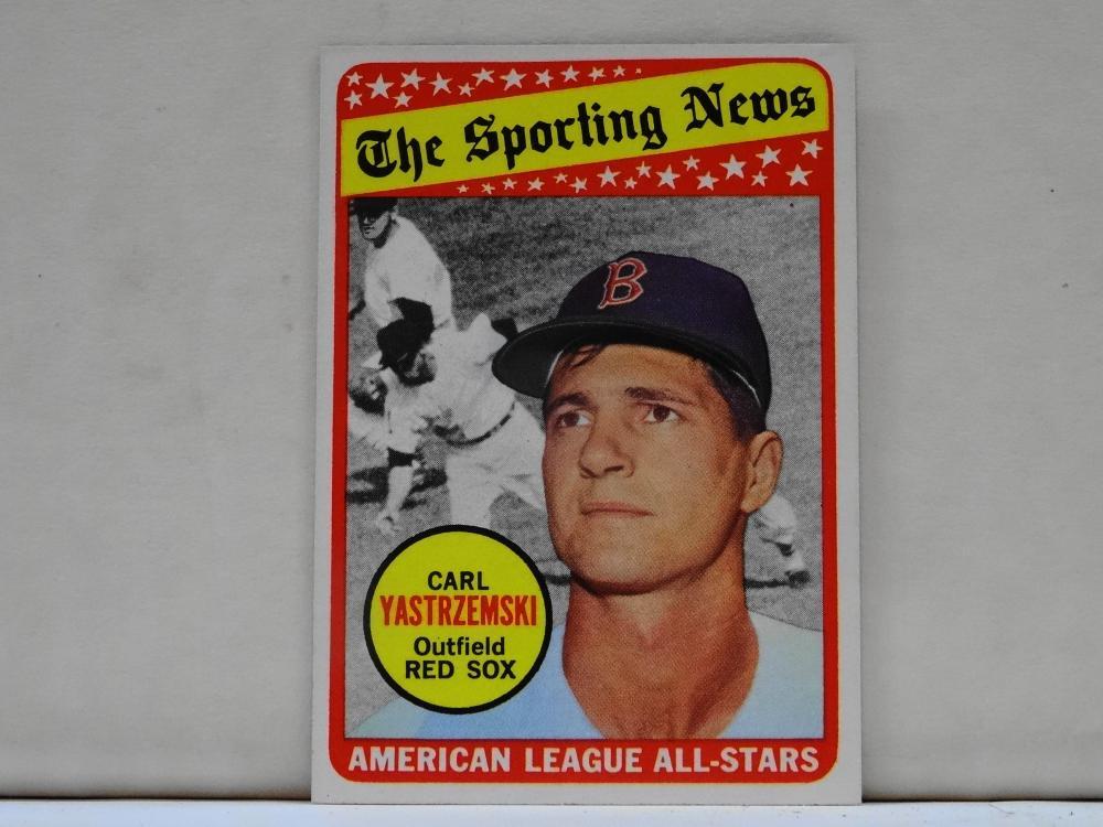 1969 TOPPS NO. 425 CARL YASTRZEMSKI THE SPORTING NEWS BASEBALL CARD