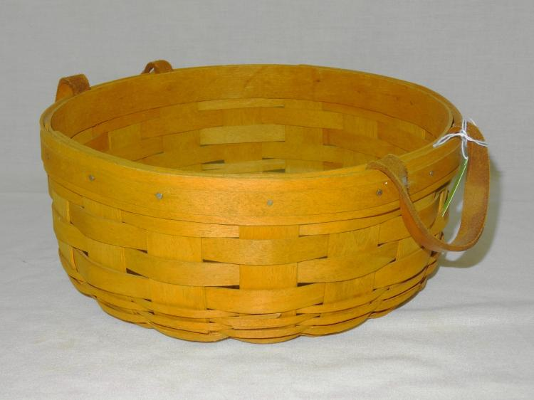 VINTAGE LONGABERGER DARNING BASKET