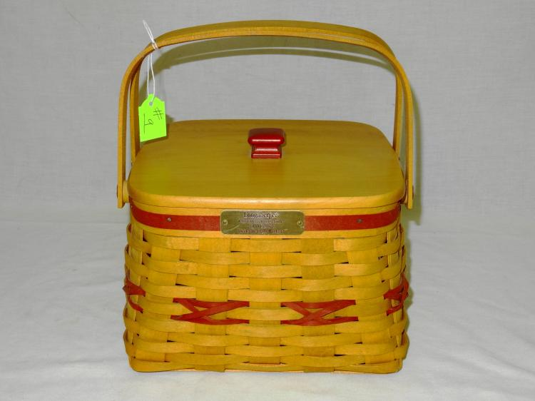 LONGABERGER DECK THE HALL BASKET