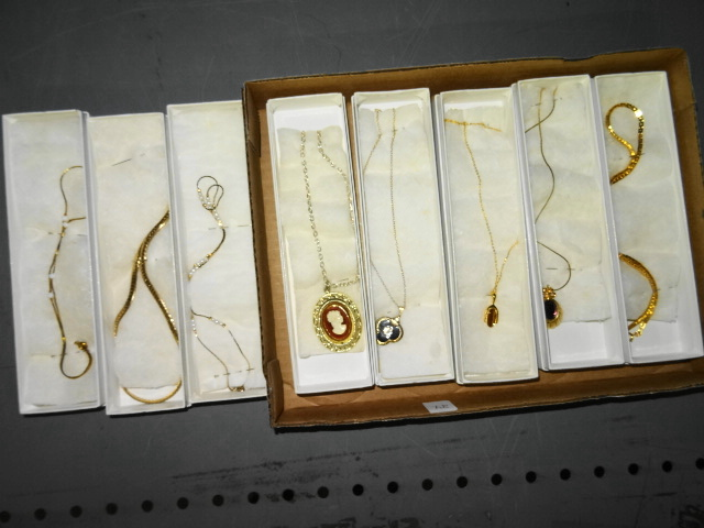 TRAY LOT OF GOLDTONE NECKLACES